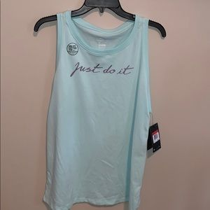 New with tags Women's Nike tank. Sz L